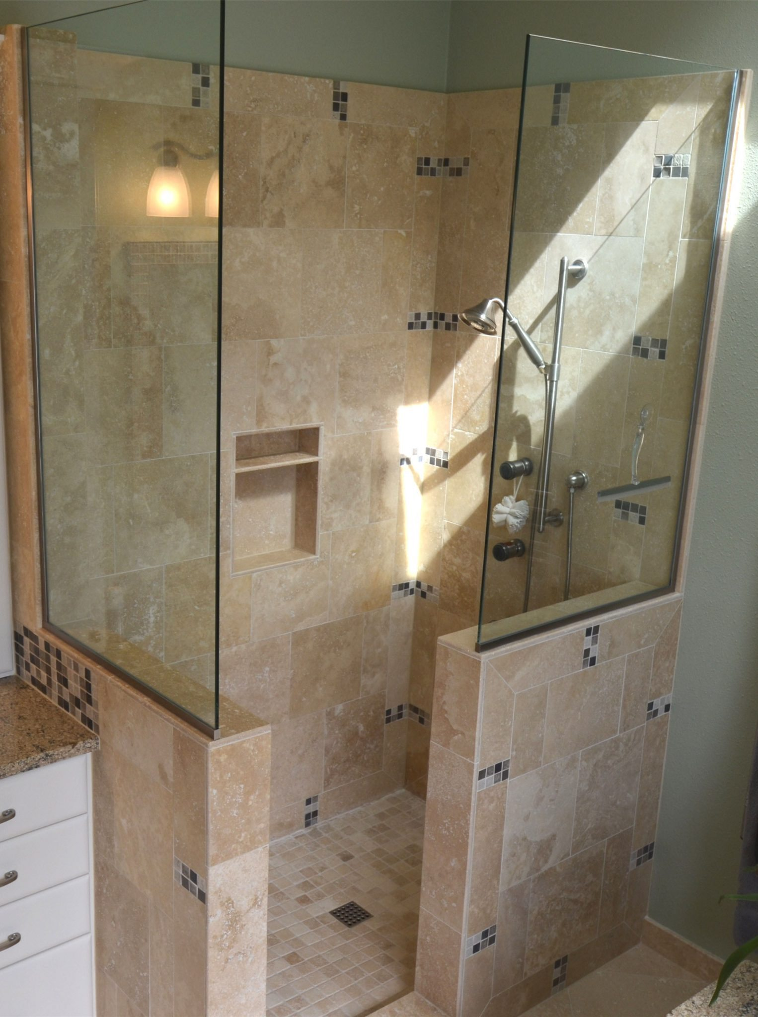 Doorless Tile Dale S Remodeling Salem Oregon Dale S Remodeling Salem Oregon