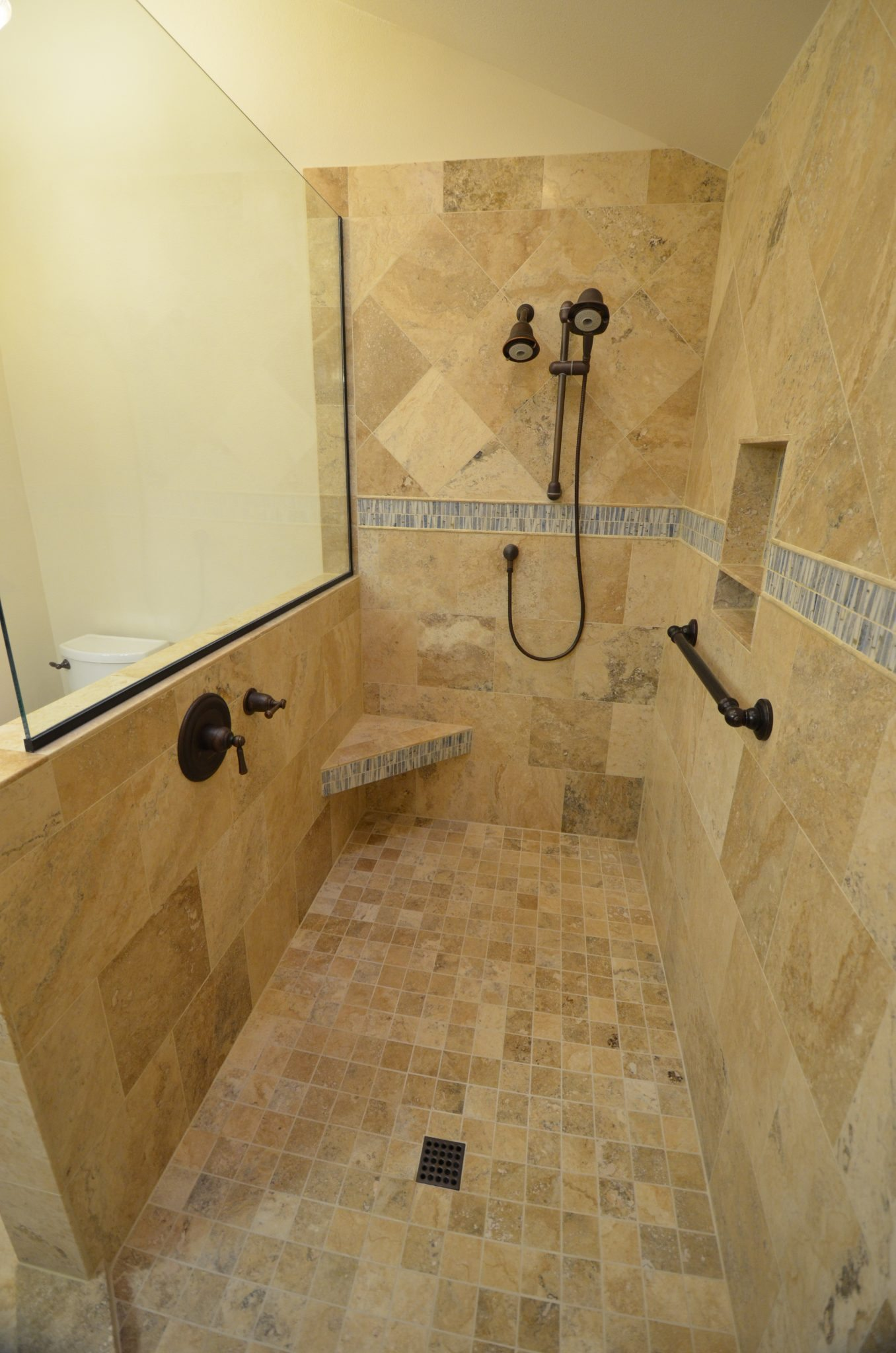 Doorless shower dale 39 s remodeling salem oregon dale 39 s remodeling salem oregon Bathroom remodeling ideas shower stalls
