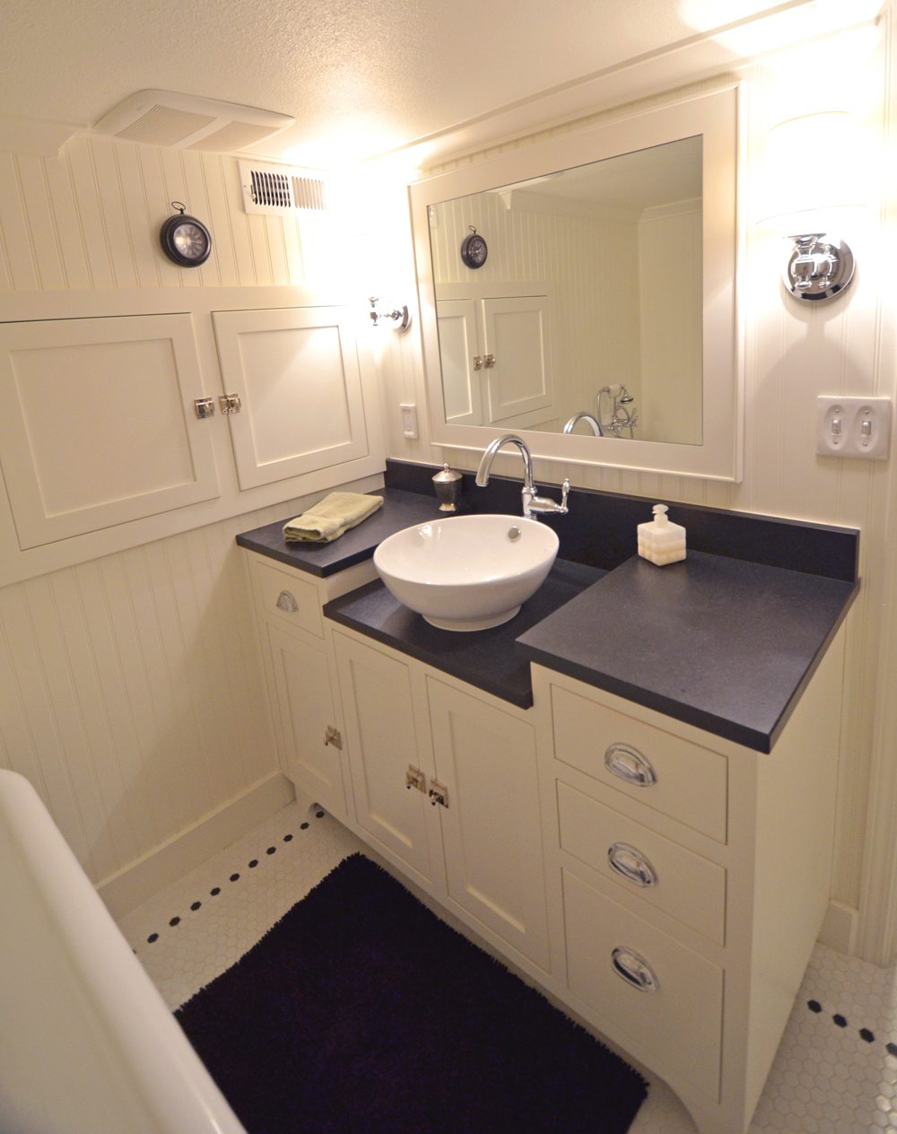 Making a small bathroom functional dale 39 s remodeling - Renovating a bathroom what to do first ...